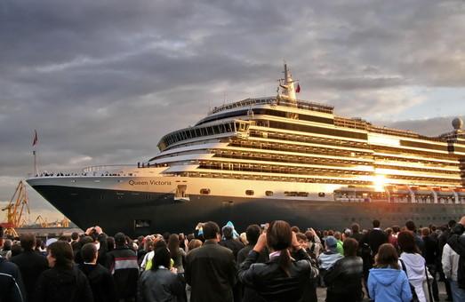 Порт и мэрия договорились о сотрудничестве в привлечении в Одессу больших круизных лайнеров