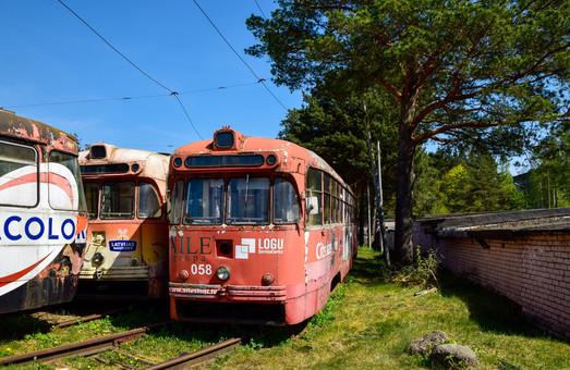 Даугавпилс пытается продать старые трамваи
