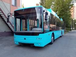 Первые троллейбусы «Богдан Т701.17», купленные на условиях лизинга, уже прибыли в Хмельницкий