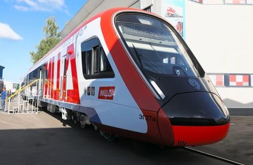 На выставке в Щербинке представили новую модификацию электрички «Иволга»