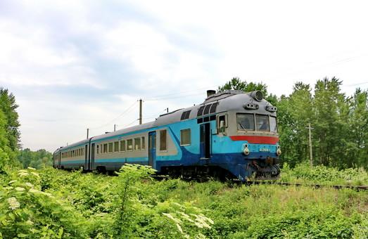 Львовская железная дорога будет ремонтировать пути на двух перегонах