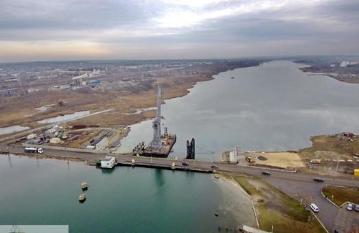 Понтонный мост на трассе М-27 Одесса – Черноморск полностью закрывают для движения автотранспорта