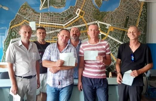 В Николаеве стало на шесть водителей троллейбуса больше