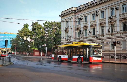 Поставки троллейбусов в Украине: заказчики, поставщики, цены. Закупка новых троллейбусов через тендеры в «Прозорро»