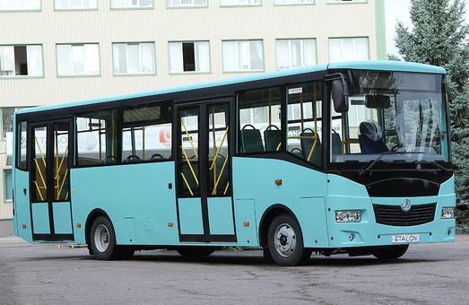 Херсон покупает 16 автобусов у корпорации «Эталон»