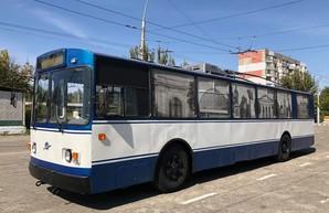 В Херсоне восстановили самый старый троллейбус города