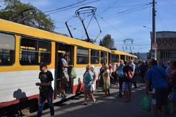 В Одессе снова начали работать двухвагонные трамвайные поезда