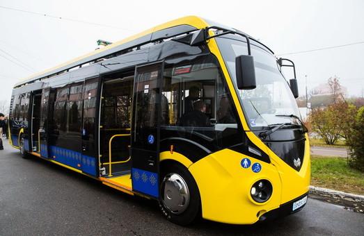 Грузинский город Батуми покупает белорусские электробусы