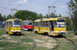 В Николаеве считают пассажиров трамваев