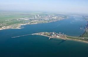 Порт Пивденный под Одессой в этом году значительно увеличил перевалку грузов
