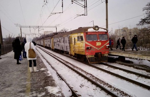 В Украине с начала года зафиксировали 172 случая вандализма в пригородных поездах