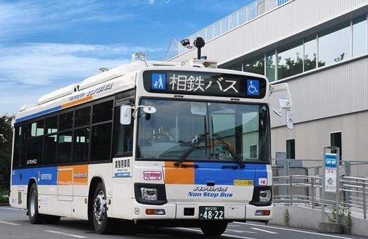 В Японии запускают беспилотный автобус