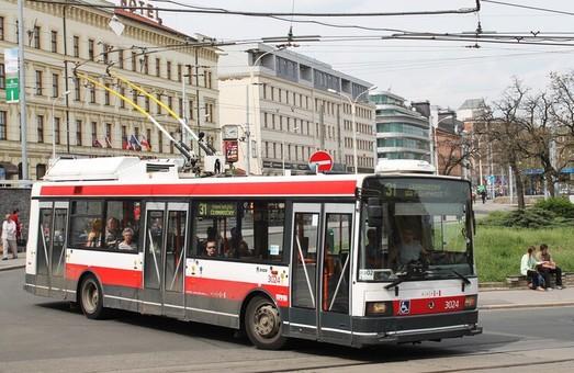 Чешский город Брно хочет закупить 60 троллейбусов с автономным ходом