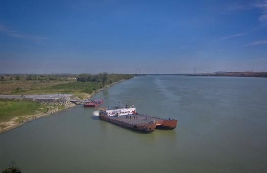 Новую паромную переправу через Дунай показали во впечатляющих видео с высоты птичьего полета