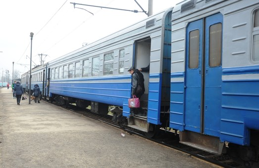 Почти половина пассажиров пригородного сообщения на Львовской железной дороге – льготники