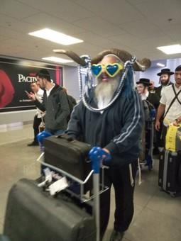 Аэропорт Одессы принимает рейсы с паломниками-хасидами