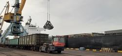 Балкер «KEY KNIGHT» привез в порт Пивденный под Одессой 80 тысяч тон угля
