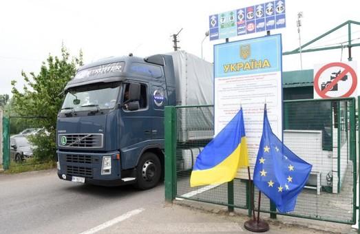 В Министерстве инфраструктуры Украины планируют брать деньги с иностранцев за проезд по нашим дорогам