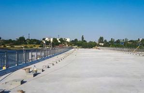 Ремонт понтонного моста на дороге Одесса - Черноморск должны закончить к 10 октября