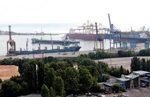 В порту Черноморск под Одессой в этом году установят рекорд по перевалке грузов