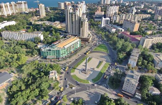 На площади Десятого апреля в Одессе отменяют круговое движение