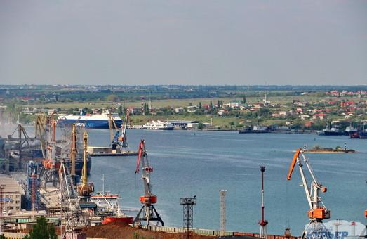 Порт Черноморск под Одессой увеличил перевалку грузов почти на четверть
