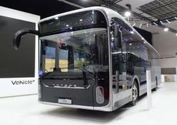 Китайская компания «Yutong» представила на выставке «Busworld Europe 2019» туристический автобус и городской электробус
