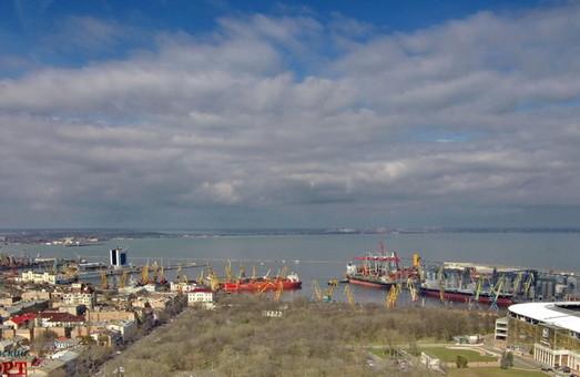 Одесский морской порт отчитался о финансовых результатах за 9 месяцев 2019 года