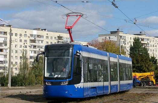 На ремонт линии Борщаговского скоростного трамвая в Киеве потратят еще почти 100 миллионов гривен