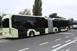 Шведская компания «Volvo Buses» показала гибридный и электрический автобусы «Volvo 7900»