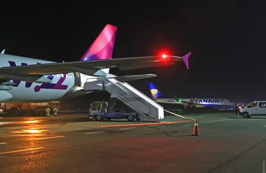 В пятницу вечером венгерский лоукостер «WizzAir» снова начал летать в Одессу