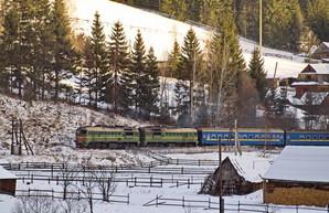 К новогодним и рождественским праздника «Укрзализныця» назначит 35 дополнительных поездов