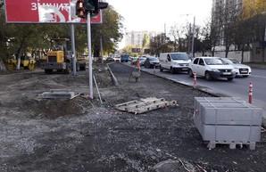 В Одессе расширяют дорогу на перекрестке улиц Инглези и Варненской