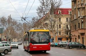На улице Ришельевской в Одессе одну из полос выделят для общественного транспорта