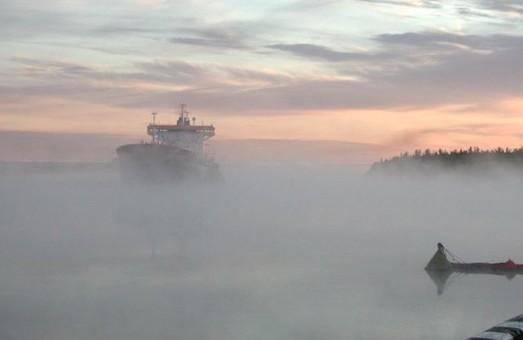 Туман в Одессе снова повлиял на работу аэропорта и морского порта