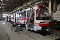 В трамвайном депо Запорожья завершают сборку двух новых трамваев (ФОТО)