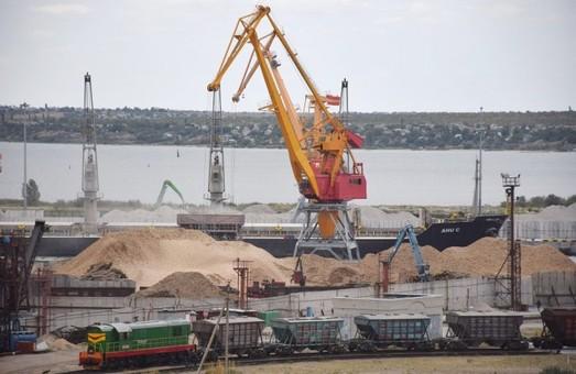 Три порта Одесской области стали лидерами погрузке и разгрузке судов и грузопотоку