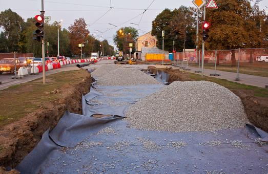В Харькове завершили реконструкцию трамвайных путей на оживленном перекрестке