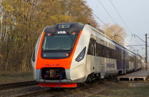 Как испытывают новейший украинский дизель-поезд (ФОТО)