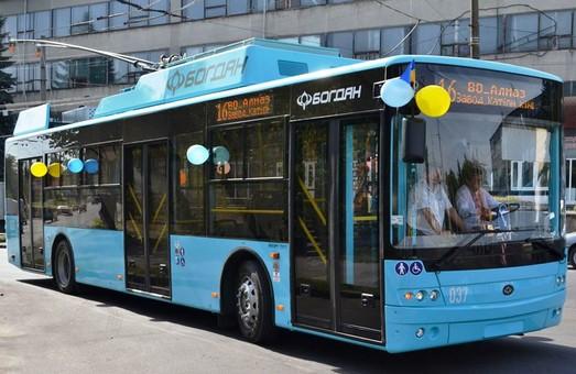 «Богдан Моторс» уже отправил в Хмельницкий все 10 новых троллейбусов