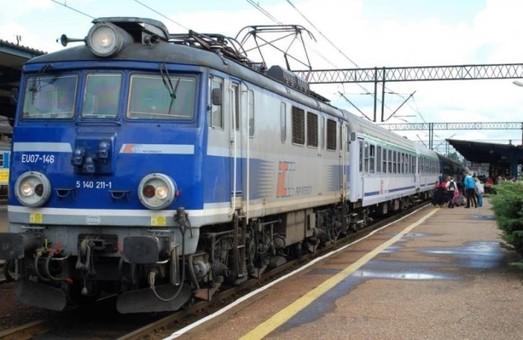 До запуска поезда Киев – Берлин украинцы смогут добираться в столицу Германии с пересадкой в польском Перемышле