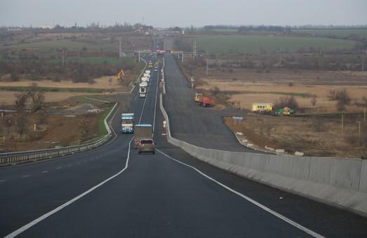 Автотрассу Одесса - Киев будут реконструировать за счет кредитов европейских банков