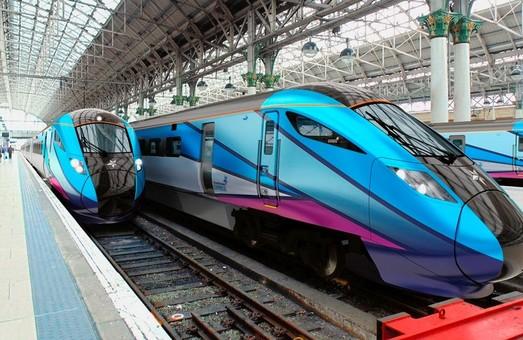 В Великобритании начали эксплуатировать новые поезда «Nova», изготовленные компаниями «Hitachi» и «CAF»