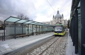 Во Львове трамвай совершил пробный рейс до конечной у вокзала