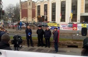 Одесские портовики выступают за отставку главы Администрации морских портов Райвиса Вецкаганса