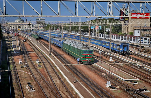 На зимние праздники «Укрзализныця» запускает дополнительный поезд из Одессы в Киев