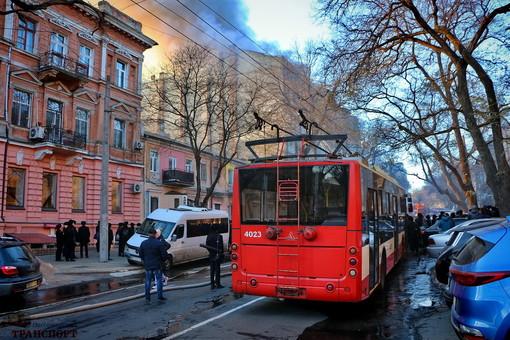 Завтра в Одессе восстанавливается нормальное движение троллейбусов