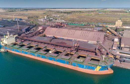 Порт Пивденный под Одессой в этом году уже перевалил 50 миллионов тонн грузов