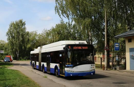С нового года в Риге на популярном маршруте автобусы заменят троллейбусами