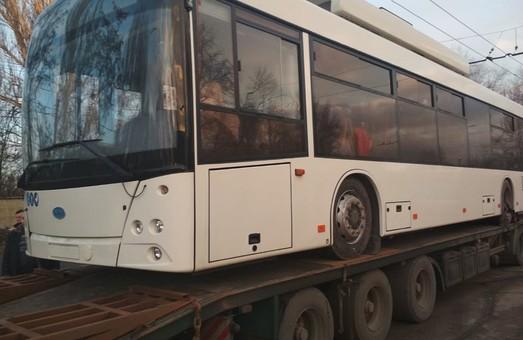 Кривой Рог начал получать новые троллейбусы, которые купили за средства кредита ЕБРР